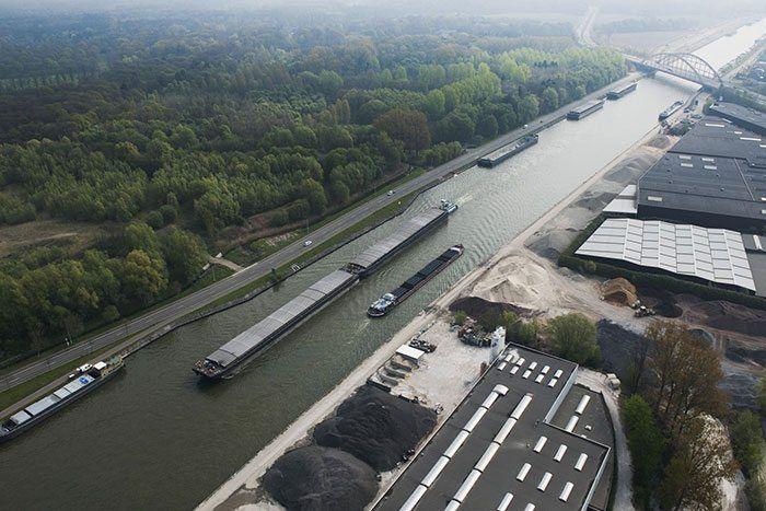 Het Albertkanaal... een water wat vele vissers mentaal heeft gebroken.