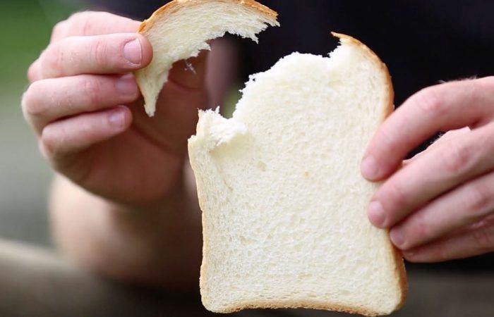 Oppervlaktevissen: zo bevestig je een korst en een hondenbrok