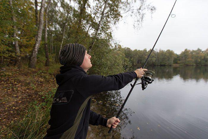 ...kun je secuur vissen op grote afstand.