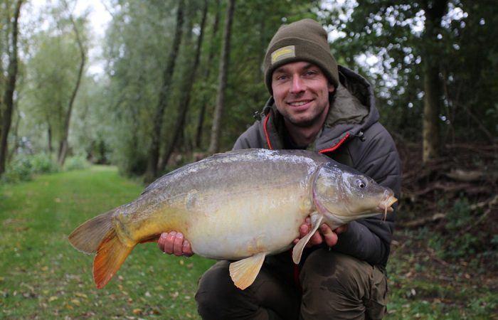 Korda video: Een weekendje vissen op 'Het Broek' met Kevin en Tijmen