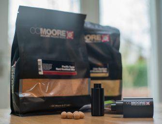 Maak je eigen kurkbal pop-ups met de CC Moore Corkball Roller