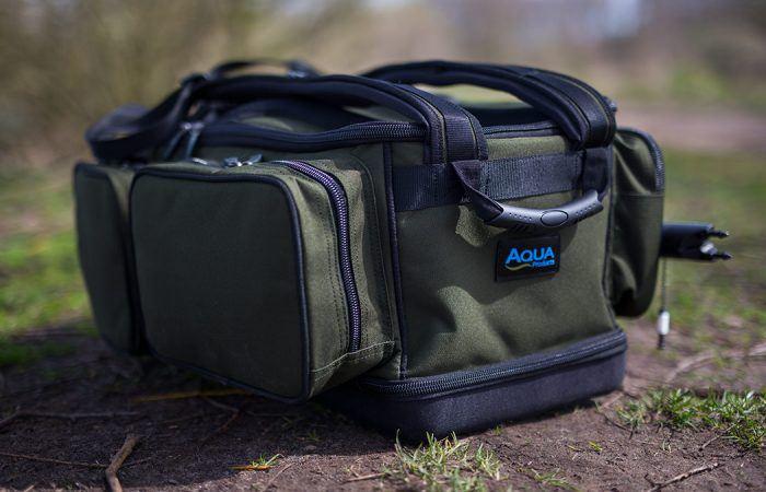 WIN een Aqua Products Deluxe Roving Rucksack bij De Tacklebox!