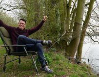 Chillen als een baas op de Benchmark Chair van Avid Carp