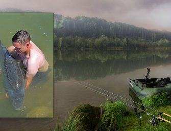 Bizar: 32kg schubkarper struinend gevangen bij Fishery Steffan
